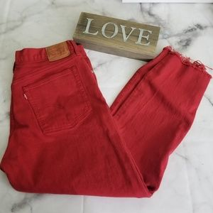 Frayed edge button fly ankle length red Levi's
